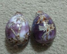 Beautiful Set Of 2 Hand Decorated Hawaiian Sea Shells
