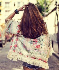 bohemian boho style hippy hippie chic bohème vibe gypsy fashion indie folk look outfit Hippie Chic, Hippie Style, Moda Hippie, Bohemian Mode, Gypsy Style, Bohemian Style, Boho Chic, Bohemian Gypsy, Bohemian Clothing
