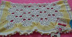 İyi Akşamlar                Romantik  Dantel Bebek Battaniyesi  Hemen Teslim  85 105 cm.  Bebe Yünü ile örülmüştür   WHATSAPP veya DM den iletişime geçip Satın alabilirsiniz. Sadece bir adet var   #tigisi #romantik #dantel #battaniye #bebekbattaniyesi #dizbattaniyesi #koltuksali #kizbebek #bebekodasi #dekorasyon #love #crochet #crocheting #crochetblanket #babyblanket #retro #vintage #inspiration #my #style #crochetdesign #crochetfashion #babygirl #pregnant #baby #babies #newborn #ministil…