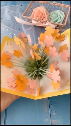Diy Crafts Hacks, Diy Crafts For Gifts, Diy Arts And Crafts, Creative Crafts, Fun Crafts, Diy Crafts Butterfly, Flower Crafts, Instruções Origami, Paper Crafts Origami
