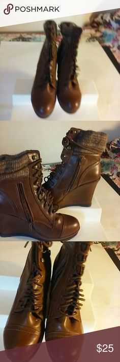 Ladies winter boots Short boot. Zipper on the size plus they lace. Up. Shoes Lace Up Boots
