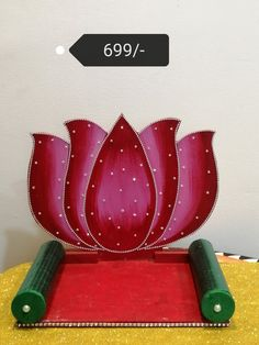 Housewarming Decorations, Diy Diwali Decorations, Festival Decorations, Flower Decorations, Eco Friendly Ganpati Decoration, Ganpati Decoration Design, Leaf Crafts, Craft Stick Crafts, Flower Crafts