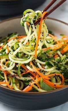 the 4 Cycle Solutions Japanese Diet - Asian Sesame Cucumber Salad Vegetarian Recipes, Cooking Recipes, Healthy Recipes, Vegan Zoodle Recipes, Health Chicken Recipes, Cooking Fish, Cooking Pork, Quick Recipes, Bread Recipes