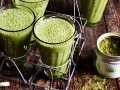 Grün und gesund: Detox-Smoothies mit Matcha-Tee