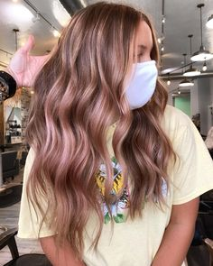 21 Most Popular Balayage Brown Hair Colors Right Now Pink Hair Highlights, Brown Hair Balayage, Hair Color Balayage, Pink Streaks In Hair, Blonde Pink Balayage, Rose Gold Bayalage, Rose Gold Balayage Brunettes, Coloured Highlights, Hair Dye Colors
