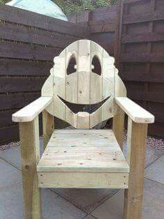 √ How to Build an Adirondack Chair Plans & Ideas - Easy DIY Plans Pallet Art, Diy Pallet Projects, Woodworking Projects, Woodworking Machinery, Woodworking Bench, Pallet Furniture, Rustic Furniture, Outdoor Furniture, Adirondack Chair Plans