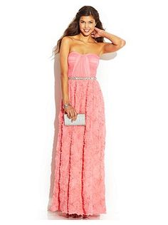 Cute Prom Dresses for a Night to Remember