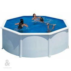 Piscina redonda, Gre San Marina Bali, fabricada en aceroacabada en blanco. Incluye sistema de filtración de arena de 4m3/h y escalera de tijera. Disponible en diferentes diámetros.