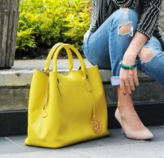 Hold onto what is soulful. This bright yellow bag will surely illuminate a look Tote Handbags, Purses And Handbags, Leather Handbags, Leather Bag, Yellow Leather, Sacs Design, Beautiful Bags, My Bags, Fashion Bags