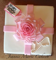 Pink ombré fondant realistic rose, fondant covered square cake, gift box, pearls, cake decorating, fondant flowers, fondant rose