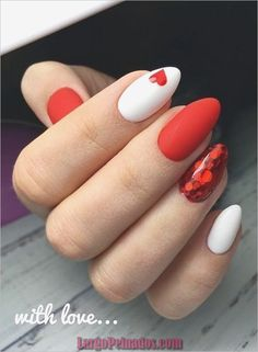78 Most Fabulous Valentine's Day Nail Art Designs 2019 - Valentinstag Nageldesign Beautiful Nail Art, Gorgeous Nails, Pretty Nails, Cute Red Nails, Short Red Nails, Short Stiletto Nails, Fabulous Nails, Valentine Nail Art, Valentines Day Cookies