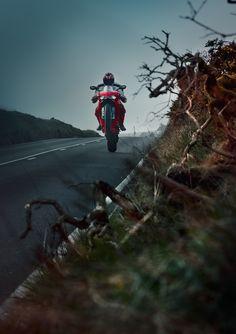 https://www.behance.net/gallery/28578713/Audi-R8-V10-Ducati-1299-Panigale-S