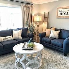 Wouldn't you love for this to be your living room? It can be yours if you shop our Friends & Family Sale, going on through tonight! 📸: Cozy Color Interior Design Ideas That You Never Seen Before Living Room Decor Home Living Room, Living Room Designs, Living Room Corner Decor, Kitchen Living, Style Salon, Lounge Design, Living Room Inspiration, Living Room Picture Ideas, Home Furniture