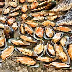 Nikon Photo - Mussels - Radisson Blu - Bahrain - Brunch