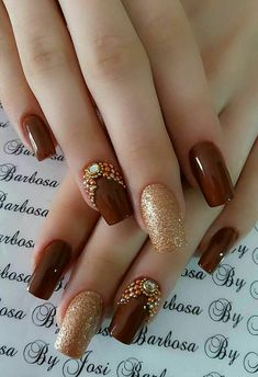 77 Trendy Brown Nail Art Designs and Ideas - Brown nail designs are of great diversity because they have dominated the market since a long time - Brown Nail Art, Gold Nail Art, Brown Nails, Gold Nails, Glitter Nails, Fun Nails, Gold Art, Red Glitter, Brown Art