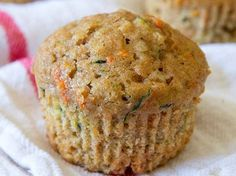ZUCCHINI CARROT OATMEAL MUFFINS – Healthy To Fit