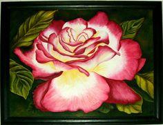 rosa, Diosa del sol