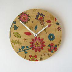 vintage flower pattern clock