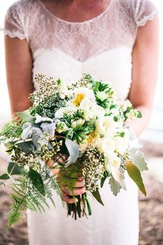 ivory and green wedding bouquet - photo by Carla Atley Photography http://ruffledblog.com/glam-gatsby-inspired-wedding-in-perth