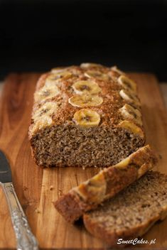 Chlebek bananowy fit (bez mąki i cukru) Fit banana bread (without flour and sugar) My Recipes, Gluten Free Recipes, Cake Recipes, Vegan Recipes, Favorite Recipes, Diet Desserts, Healthy Sweets, Food To Make, Good Food