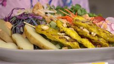 """""""The Dish on Oz"""" co-host Daphne Oz joins the TODAY kitchen with a new dinner idea for that chicken in your fridge. She whips together an easy chicken satay serves over a colorful veggie salad. Thai Chicken Salad, Chicken Satay, Chicken Skewers, Orzo, Granola, Quinoa, Feta, Smoothies, Daphne Oz"""