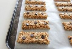 Low Fodmaps Granola Bars - Use GF Oats, pumpkin seeds and almonds for the nuts, Enjoy Life Chocolate Chips, and soy-free Earth Balance Butter. Avoid currants.