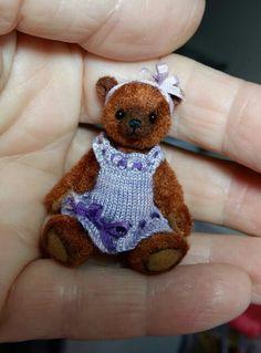 Violet the bear 4.7 cm