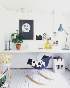 Love this adorable creative workspace + home office! Workspace Design, Office Workspace, Workspace Inspiration, Home Decor Inspiration, Home Office Decor, Office Interiors, Decoration, Home And Living, Room Decor