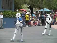 Star Wars Parade     #Star Wars# is amongst the best movies ever, so why wouldn't you have a very