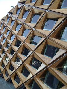 Fachadas con paneles fotovoltaicos