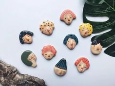 Super adorable handmade ceramic magnets by Artist Junty - Super adorable handmade ceramic magnets by Artist Junty Polymer Clay Crafts, Diy Clay, Polymer Clay Jewelry, Clay Art Projects, 3d Studio, Ceramic Pottery, Slab Pottery, Ceramic Bowls, Ceramic Artists