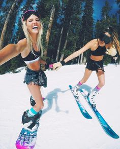 Online Ski Shop, Snowboards Gear Store, Clothing Ski, Pants and Jackets for Snowboarding - Shop for Skis and Snowboards Online Winter Pictures, Bff Pictures, Vail Colorado, Ski Bunnies, Snowboard Girl, Snowboarding Gear, Winter Wonder, Best Friend Goals, Friend Photos