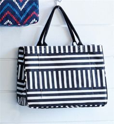Daytripper Tote Black Stripe | Fashion | Mud Pie