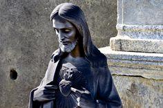 Rancio #rancio #lecco #cimitero #art #cristo #scultura #black #grey
