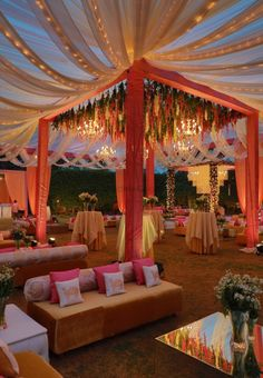 Red and gold mandap with hanging florals – Engagement Decoration Desi Wedding Decor, Indian Wedding Receptions, Wedding Hall Decorations, Marriage Decoration, Wedding Mandap, Wedding Set Up, Backdrop Decorations, Wedding Ideas, Tamil Wedding