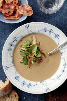 Kastanje-paddestoelsoep met pancetta en waterkers  25x warme soep
