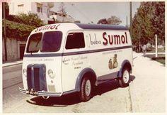 Sumol - The old van for juice transport Citroen Ds, Vintage Ads, Vintage Posters, Peugeot, T 62, Commercial Van, Food Vans, Small Trucks, Panel Truck