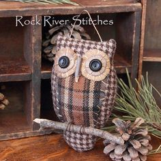 DIY or Buy / Tailored owl by Rock River Stitches