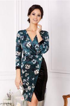 Rochie Moze petrecuta verde din catifea cu flori Blouse Styles, Dress Patterns, Blouses For Women, Wrap Dress, Women's Fashion, Casual, Dresses, Green, Gowns