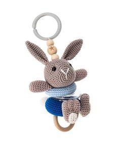 Haakpatroon wagenhanger, gemaakt van Scheepjes Catona. Crochet Toys, Crochet Baby, Baby Gym, Teething Toys, Baby Rattle, Pdf Patterns, Handmade Baby, Baby Gifts, Sewing