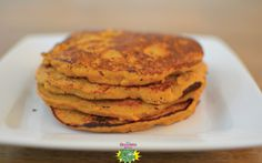 Get your Thanksgiving started right with these healthy #sweetpotato #pancakes! Yum!