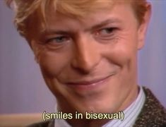 David Bowie smiles in bisexual Major Tom, Jean Michel Basquiat, Martin Scorsese, Mick Jagger, Lgbt Memes, Dankest Memes, Marcel Duchamp, Ziggy Stardust, Mood Pics