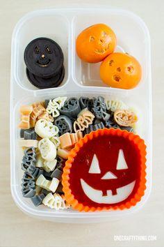 A First Halloween Bento   OneCraftyThing.com