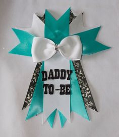 Baby & co Baby shower // daddy-to-be pin // Baby by CutestFavors