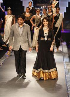 Home | INDIA INTERNATIONAL JEWELLERY WEEK 2012  #jewelry #fashion #indianfashion #MadhuriDixit #bollywood #IIJW2012