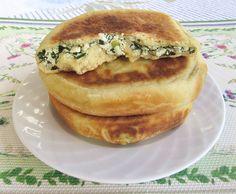 Placinte la Tigaie cu Urda si Marar poza 14 Romanian Food, Food And Drink, Breakfast, Ethnic Recipes, Morning Coffee, Morning Breakfast