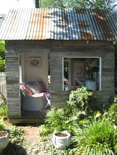 potting shed . . love tin roof