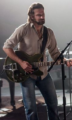 Is Bradley Cooper Playing Guitar in A Star Is Born? Here's the Scoop Is Bradley Cooper Playing Guita Bradley Cooper A Team, Bradley Cooper Young, Bradley Cooper Shirtless, Bradley Cooper Hangover, Bradley Cooper Girlfriend, Brad Cooper, Bradley Cooper Irina, Beautiful Celebrities, Gorgeous Men