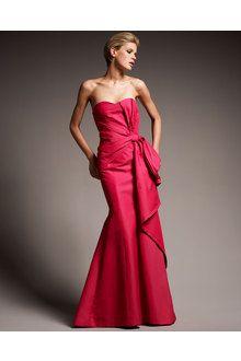 Carolina Herrera Strapless Gown in Red | Lyst
