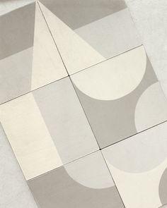 Barber & Osgerby Design New Tiles for Mutina - Design Milk Floor Patterns, Tile Patterns, Textures Patterns, Wall And Floor Tiles, Wall Tiles, Floor Design, Tile Design, Mutina Puzzle, Espace Design